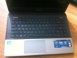 Laptop cũ Asus K45A i5 RAM 4GB, HDD 500GB,