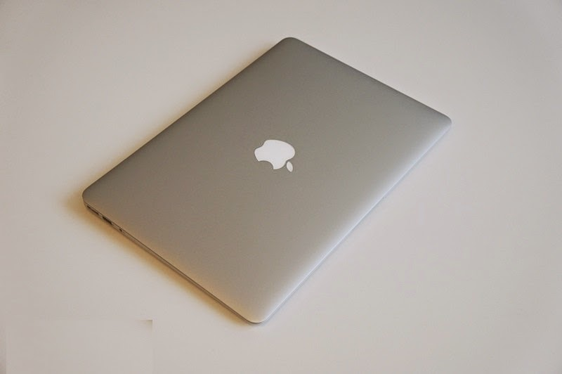 Laptop cũ MacBook Air 13 inch MD760_002
